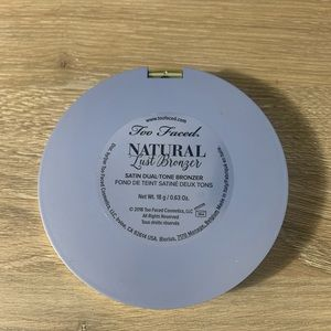 Too Faced Makeup - Too faced natural lust bronzer